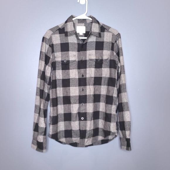 American Eagle Plaid Classic-Fit Button-Down Shirt